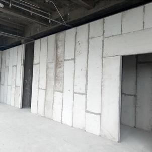 装配式隔墙板
